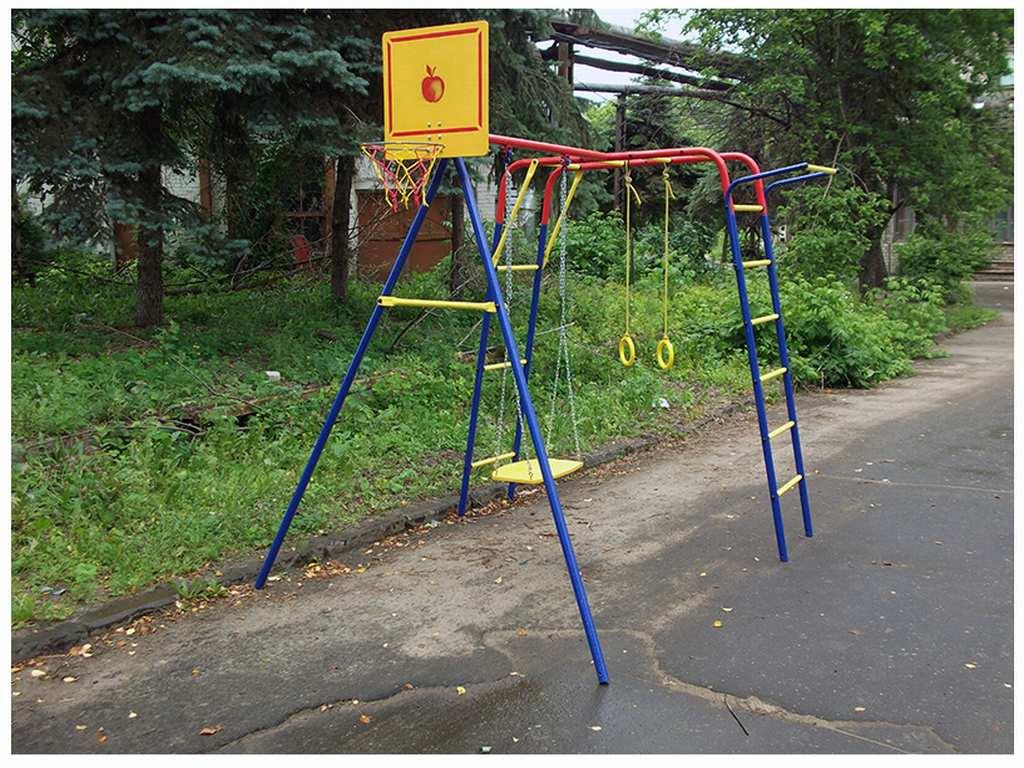 Детский спортивный уголок своими руками для улицы
